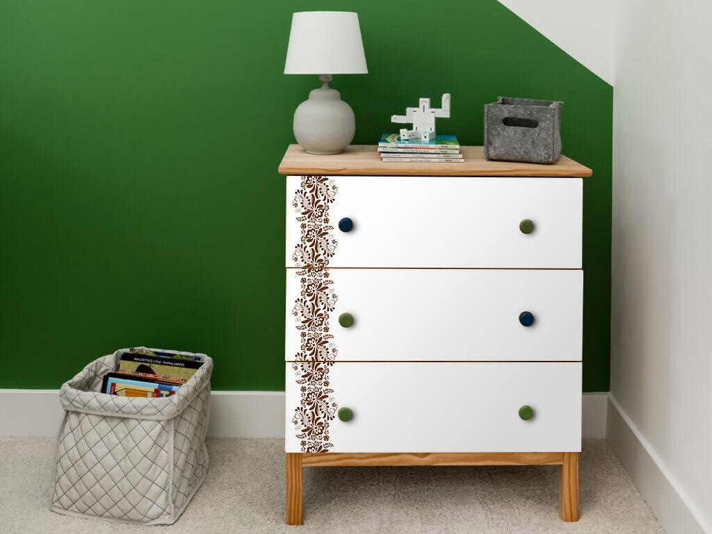 autocolant-lemn-alb-cu-model-tip-bordura-maro-bella-4520