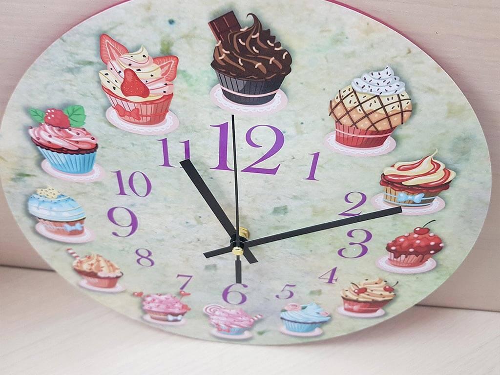 ceas-bucatarie-briose-7998