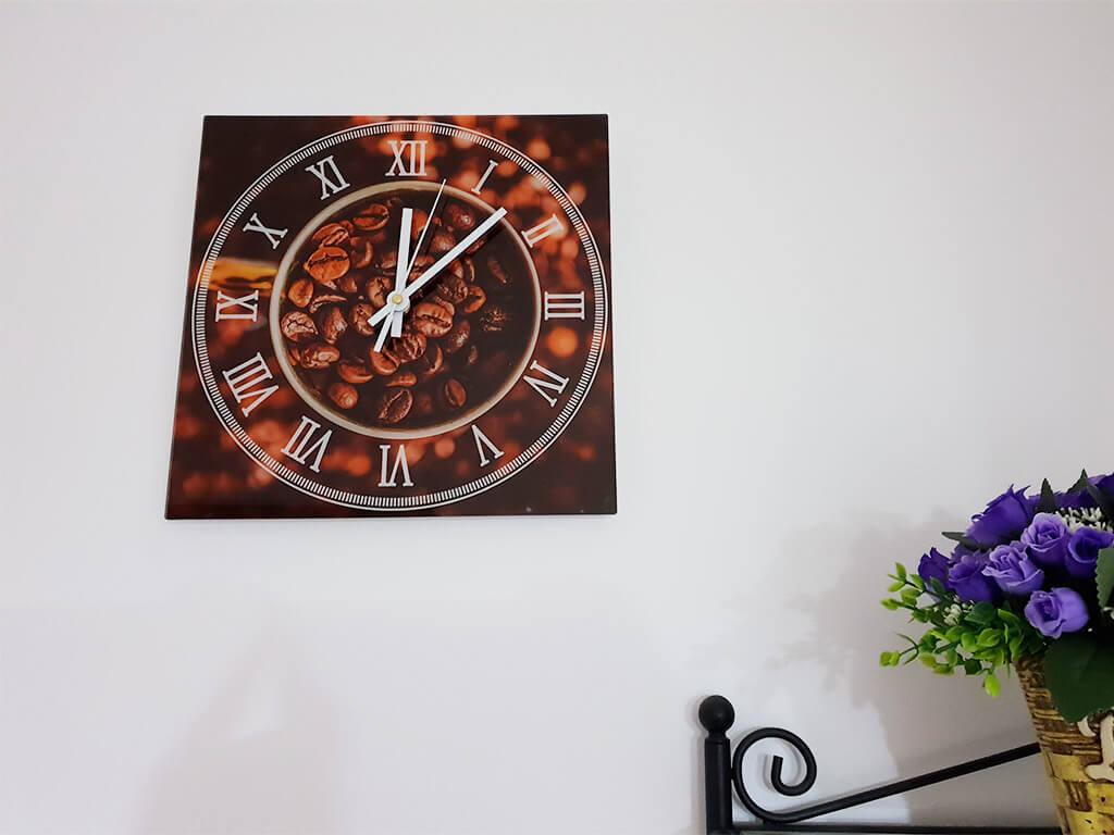 ceas-perete-bucatarie-boabe-cafea-8437