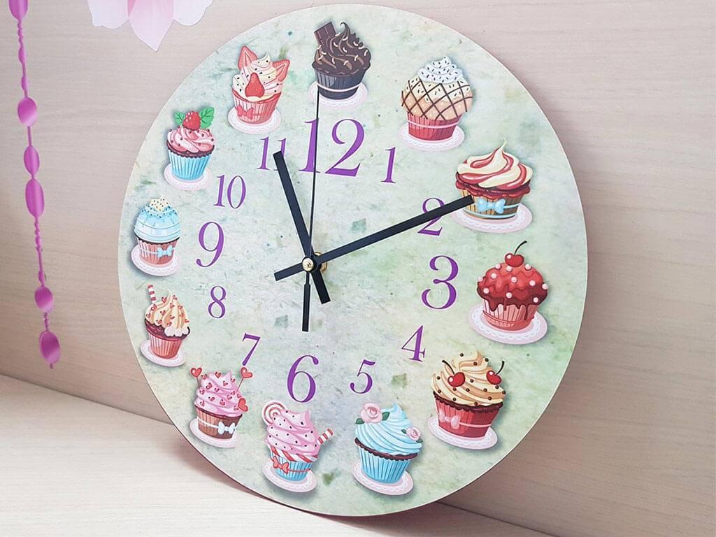 ceas-perete-bucatarie-briose-4990