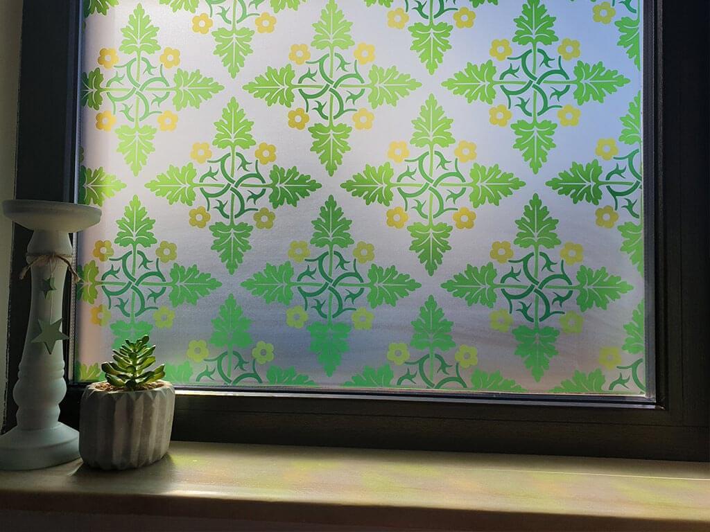 folie-geam-autoadeziva-lupe-8345