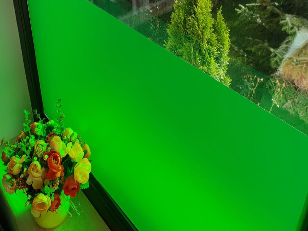 folie-geam-autoadeziva-verde-aslan