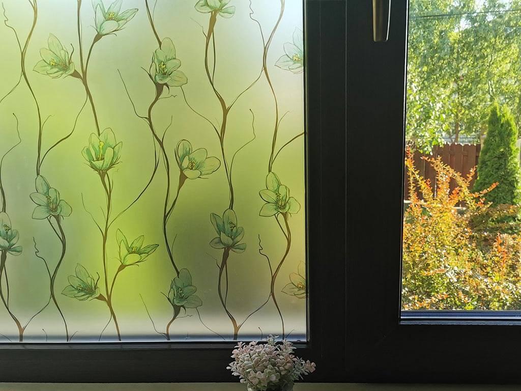 folie-geam-cu-efect-de-sablare-model-floral-verde-folina-4593