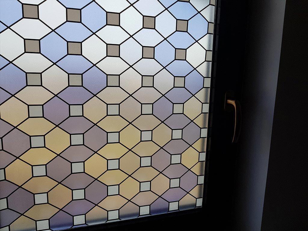folie-geam-decorativa-autoadeziva-vitraliu-mov-6302