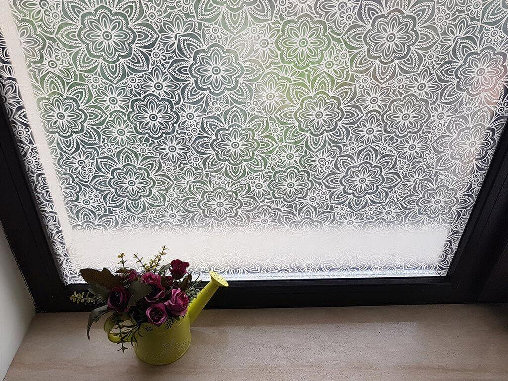 folie-geam-decorativa-flori-moderne-8584