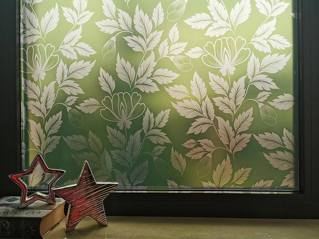 folie-sablare-geam-verde-cu-model-floral-9242