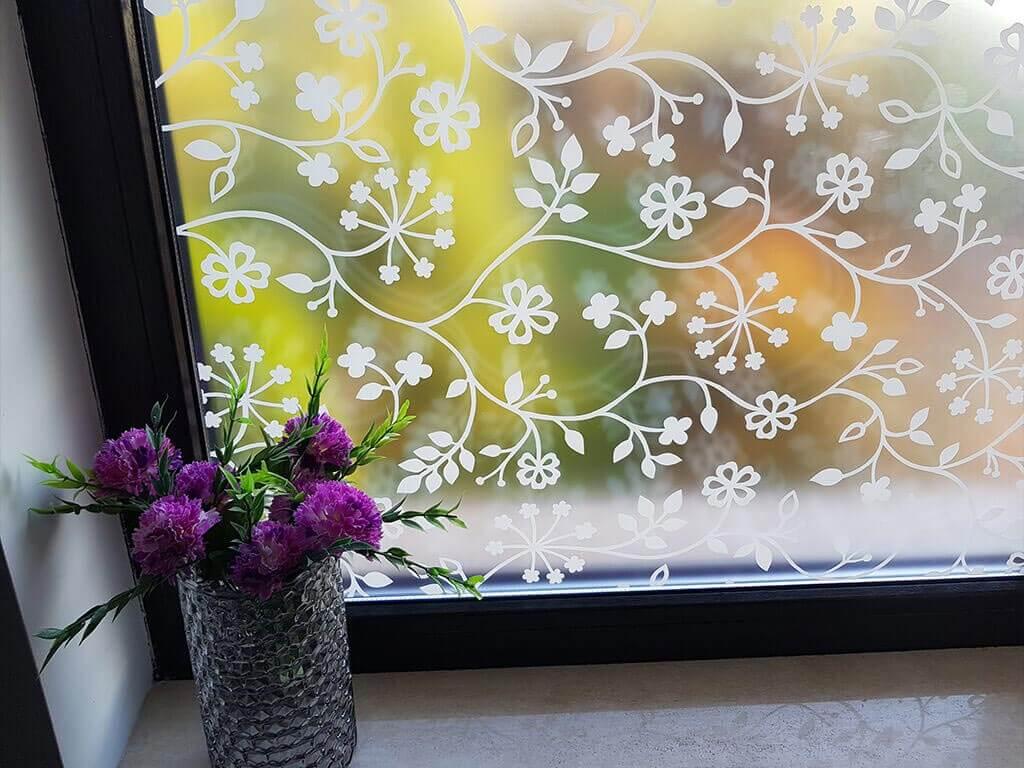folie-sablare-sticla-flori-albe-4405