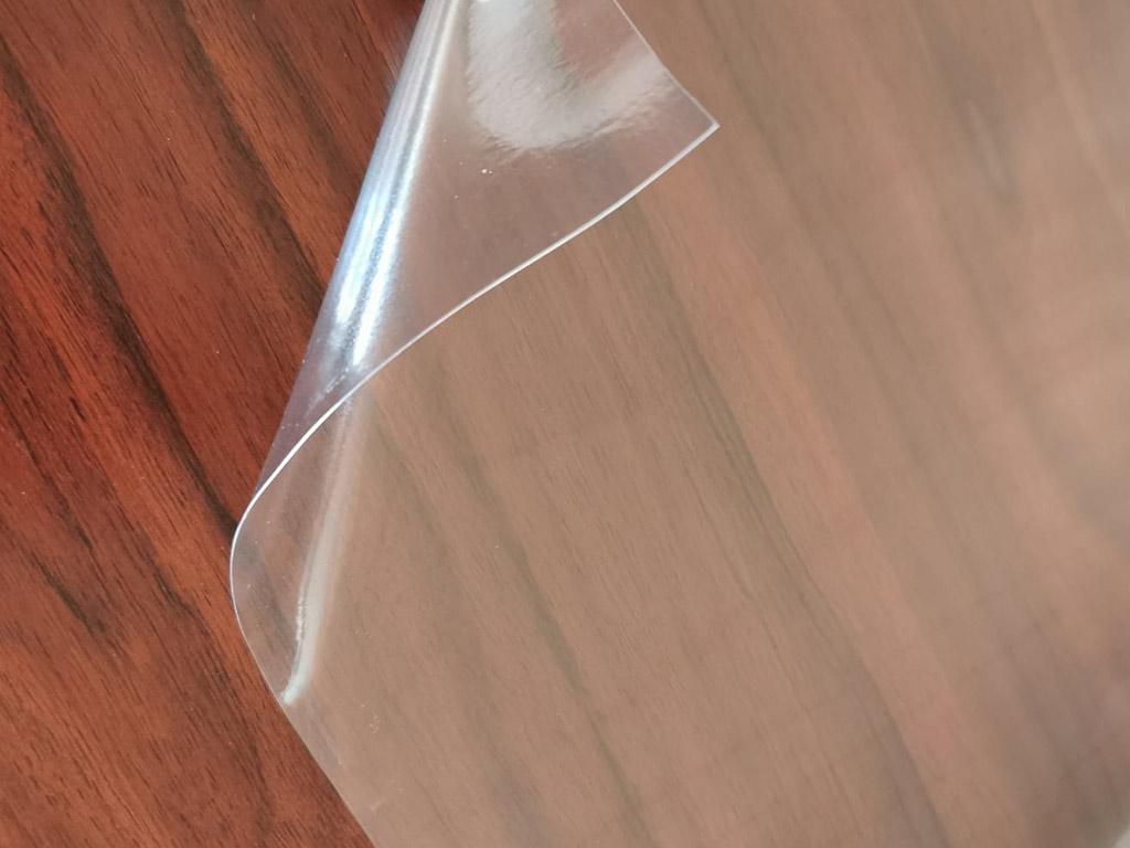 folie-transparenta-PVC-fara-adeziv-pentru-blat-mobila-1795