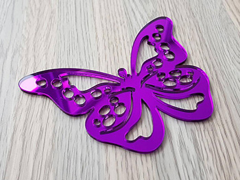 Sticker oglindă Fluture, Folina, decorațiune de perete mov, dimensiune sticker 12x9 cm